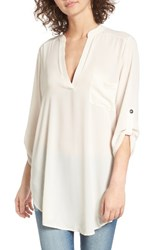 Lush Women's Perfect Roll Tab Sleeve Tunic Eggnog