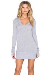 Lamade Wide V Top Gray