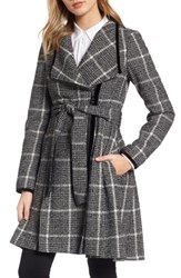 Guess Women's Velvet Trim Plaid Tweed Coat Black White Plaid