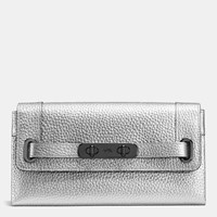 Coach Swagger Wallet In Pebble Leather Dk Silver
