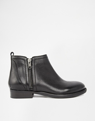 Bertie Pasco Zip Ankle Boots Blackleather