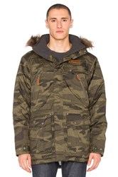 Columbia Barlow Pass 550 Turbodown Jacket Army