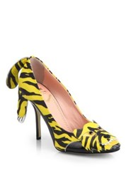 Moschino Cheap And Chic Tiger Paneled Printed Leather Pumps Yellow