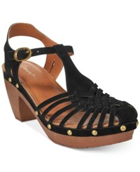 Bare Traps Sanata T Strap Sandals Women's Shoes Black