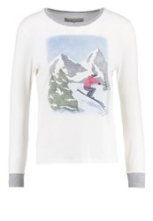 Abercrombie And Fitch Long Sleeved Top White