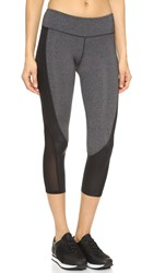 Solow Concave Capri Legging Charcoal Black