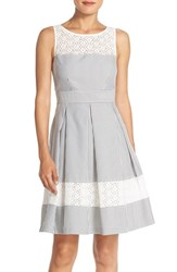 Women's London Times Lace Accent Seersucker Fit And Flare Dress