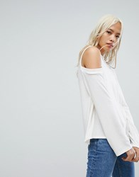 Nytt Cold Shoulder Long Sleeve Top Off White