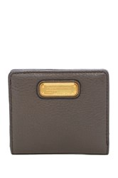 Marc By Marc Jacobs New Q Leather Emi Wallet Gray