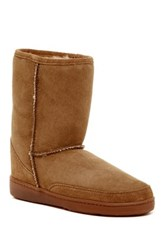 Minnetonka Short Genuine Sheepskin Pug Boot Women Brown
