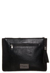 Buffalo Clutch Black