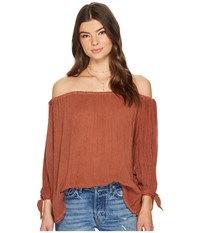 Jens Pirate Booty Durga Top Rust Women's Clothing Red