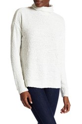 Joseph A Funnel Neck Popcorn Knit Pullover Sweater White