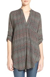Lush 'Perfect' Roll Tab Sleeve Tunic Black Burgundy Chevron Dot