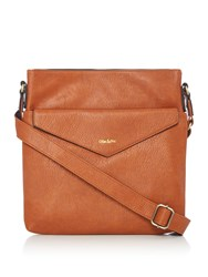 Ollie And Nic Eddy Large Crossbody Tan