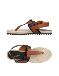 Liviana Conti Toe Strap Sandals Tan