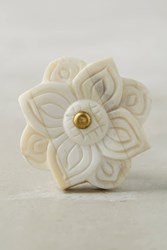 Anthropologie East Garden Knob Beige