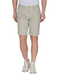 Uniform Bermudas Acid Green