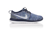 Nike Women's Women's Roshe Two Flyknit Sneakers Navy Green White Blue