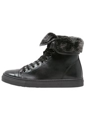 Pier One Hightop Trainers Black