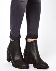 Monki Leonor Heeled Chelsea Ankle Boots Black
