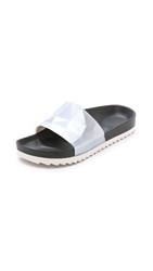 United Nude Lo Res Earth Slide Sandals Metallic Silver