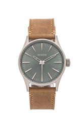 Nixon The Sentry 38 Leather Tan