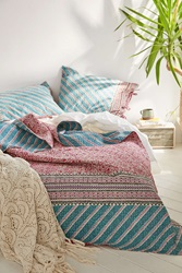 Plum And Bow Tabitha Kantha Bed Blanket Pink