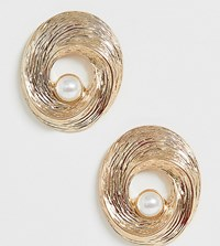 Glamorous Vintage Style Gold And Pearl Earrings