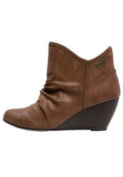 Blowfish Billit Wedge Boots Whiskey Cognac