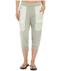 Merrell Around Town Cropped Pants Seagrass Women's Casual Pants Green
