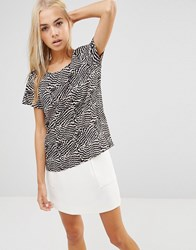 Soaked In Luxury Zebra Boxy Top 923 Pattern Multi