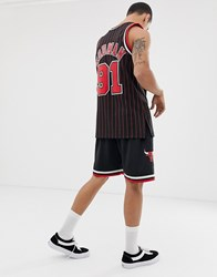 Mitchell And Ness Chicago Bulls Swingman Shorts In Black