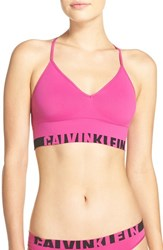Calvin Klein Women's Convertible Seamless Bralette Striking
