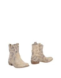 Tiffi Ankle Boots