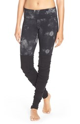 Alo Yoga Women's 'Goddess' Ribbed Leggings Black Smoke Print Black
