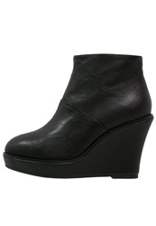 Shoe The Bear Wedge Boots Black