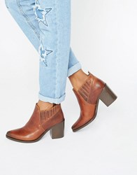 Steve Madden Pauze Leather Western Heeled Ankle Boots Cognac Leather Tan