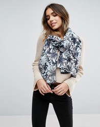 Liquorish Lightweight Scarf Floral Multi