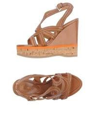 Eva Turner Wedges Camel