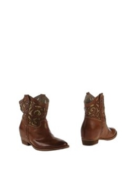 Julie Dee Ankle Boots Brown