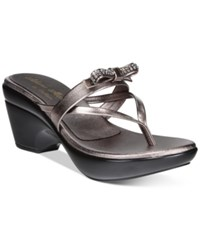 Callisto Lassye Platform Wedge Thong Sandals Women's Shoes Pewter