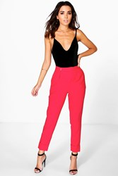 Boohoo Ruby Ankle Grazer Pleat Front Woven Trousers Red