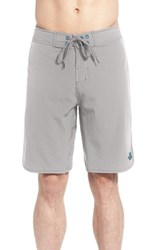 The North Face Men's 'Whitecap' Scalloped Hem Flashdry Board Shorts Mid Grey