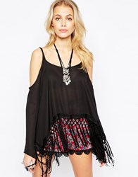 Kiss The Sky Almost Famous Top With Cold Shouder And Fringed Hem Black