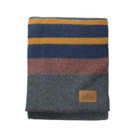 Pendleton Twin Camp Blanket With Carrier Lake