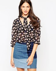 Yumi Pussybow Blouse In Bird Print Blk