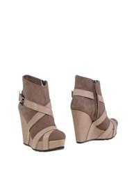 Aldo Castagna Ankle Boots Beige