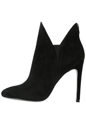 Kendall Kylie Madison High Heeled Ankle Boots Black Savoy Black