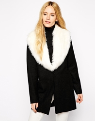 Urbancode Faux Fur Collar Scarf White